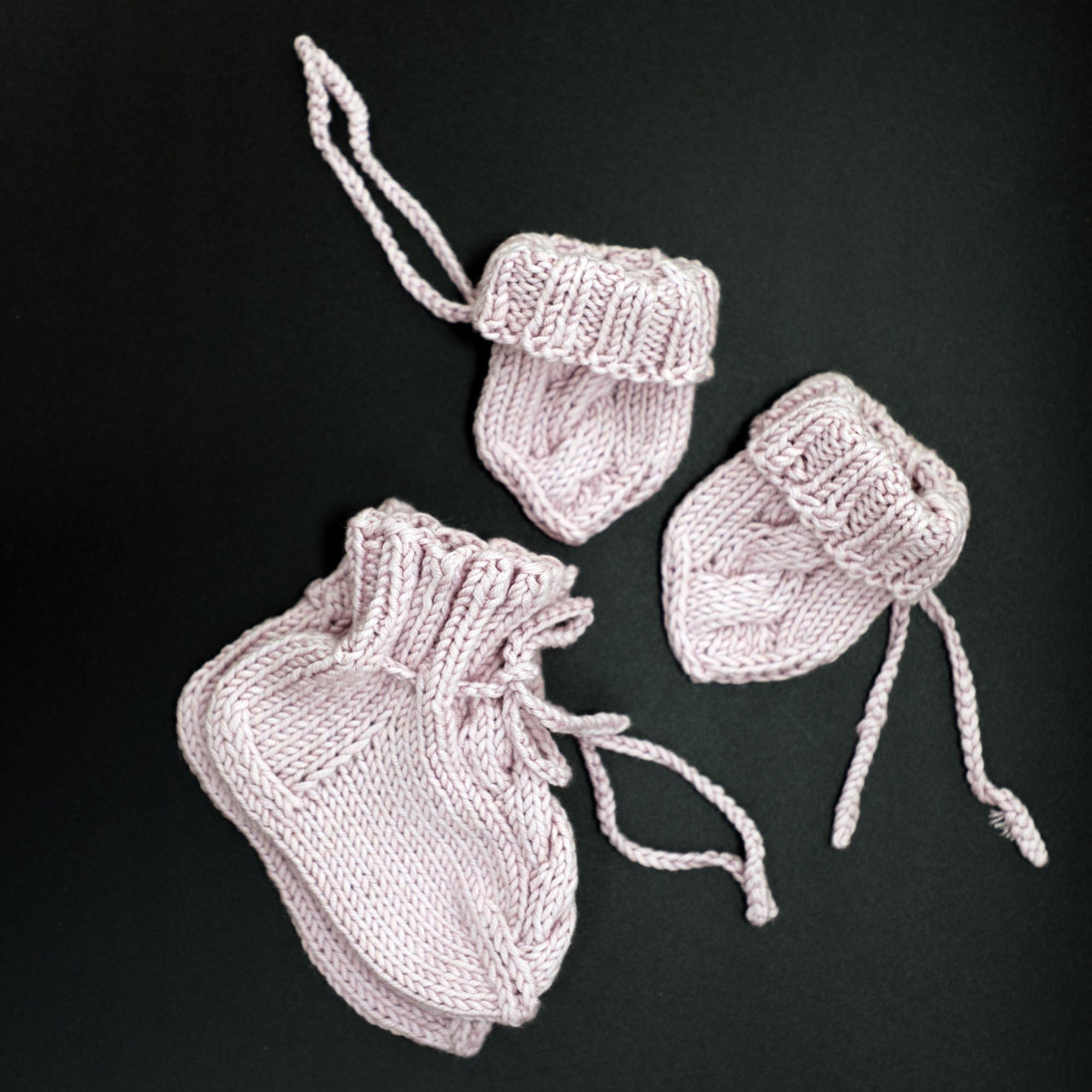 Soft Plum Color Baby Knit Set Scratch Mittens Baby Socks Newborn