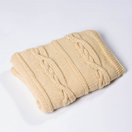 Blanket for newborns incredibly delicate with classic braids