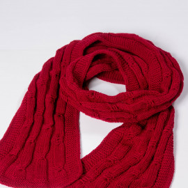 Hand-knitted red scarf made of high quality wool