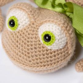 Soft lizard for kids. Reddish birthday present